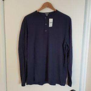 Vince Henley sweater size XL